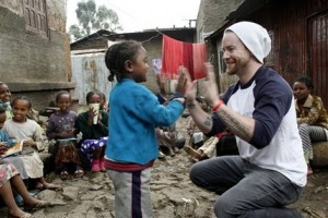 David Cook, Idol Gives Back in Ethiopia (Video)