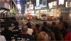 Police Find a Car Bomb in Times Square and Clear Area