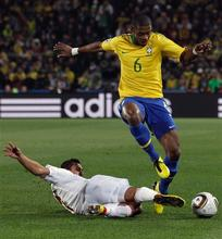 Brazil beats Chile 3-0 to reach WCup quarterfinals