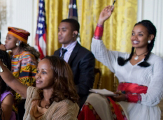'Yes youth can' Obama holds event with young African Leaders